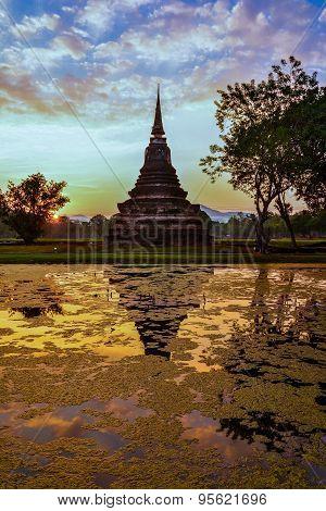 Wat Mahathat, the old city of Sukhothai, Thailanda