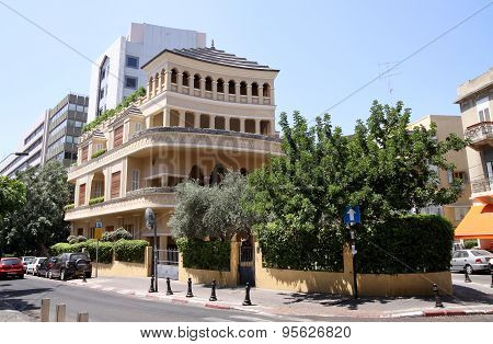 King Albert Square, Tel Aviv