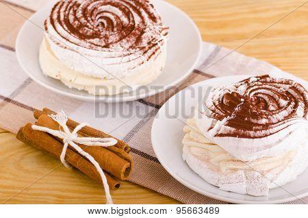 Meringue Pastry