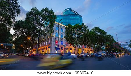 Ho Chi Minh City, Vietnam - May 26Th, 2015: Diamond Plaza Shopping Center In The Evening. Diamond Pl