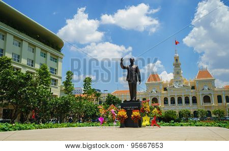 Ho Chi Minh City, Vietnam - May 27, 2015 : New Statue Of Ho Chi Minh With Flowers Around In Front Of