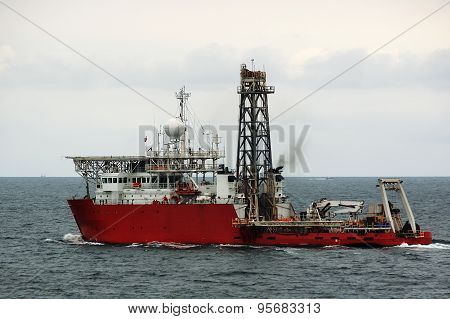 research vessel-scout oil fields