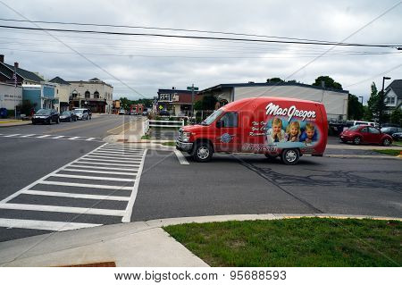 MacGregor Truck