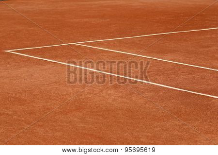 Red clay tennis court