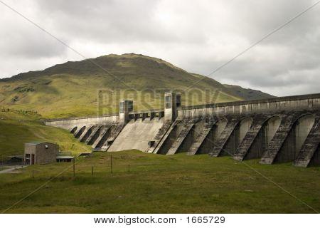 Loch Lyon Dam