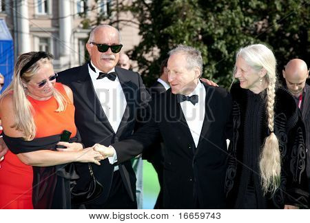 MOSCOW - JUNE,28: Tatiana Mikhalkova, Nikita Mikhalkov, Michael Mann with Wife. Closing Ceremony Of 31st Moscow International Film Festival at Pushkinsky Cinema . June 28, 2009 in Moscow, Russia.