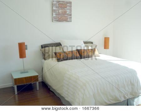 Whtie Bedroom