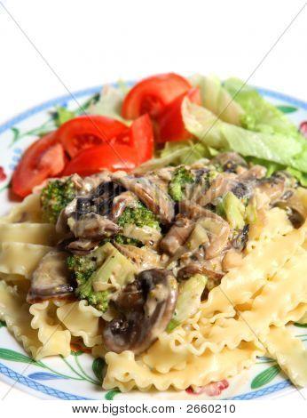 Vegetarian Mushroom Cream Sauce Pasta Salad Meal