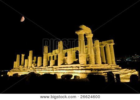 doric temple of Giunone in Agrigento (scene nocturnal with moon)