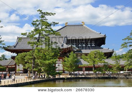 Exterior of Todai-ji Temple, the world's largest wooden building and a UNESCO World Heritage Site in Nara, Japan.