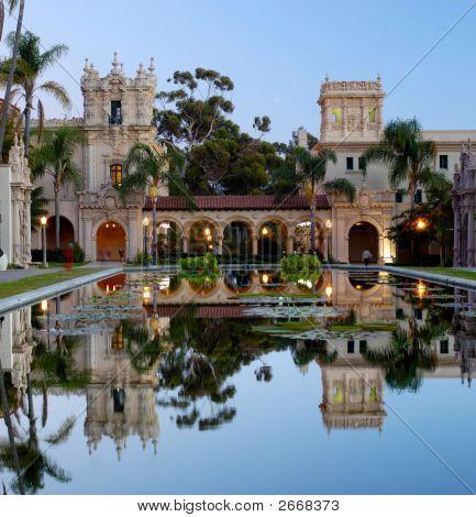 Casa De Balboa At Dawn