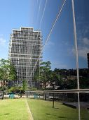 Cubo Negro -- a modern office building in Caracas