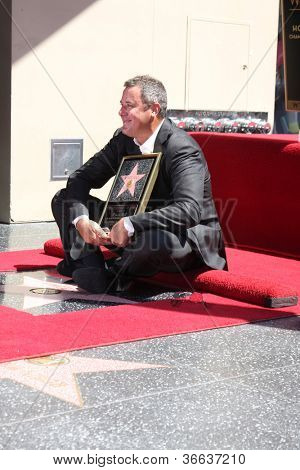 LOS ANGELES - SEP 6:  Vince Gill at the Hollywood Walk of Fame Ceremony for Vince Gill at Hard Rock Cafe Hollywood on September 6, 2012 in Los Angeles, CA