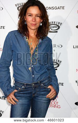 LOS ANGELES - JUN 5:  Jennifer Grey arrives at the