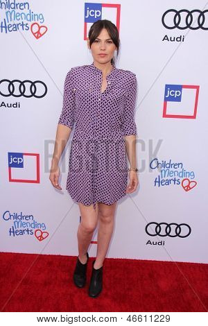 LOS ANGELES - JUN 8:  Clea Duvall arrives at the 1st Annual Children Mending Hearts Style Sunday at the Private Residence on June 8, 2013 in Beverly Hills, CA