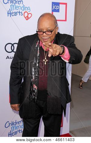 LOS ANGELES - JUN 8:  Quincy Jones arrives at the 1st Annual Children Mending Hearts Style Sunday at the Private Residence on June 8, 2013 in Beverly Hills, CA