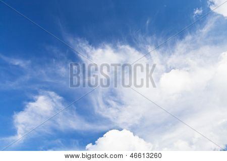 Big White Cloud In Blue Sky