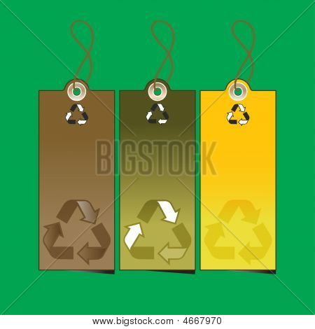 Set Of 3 Sale Tags With Recycling Illustration