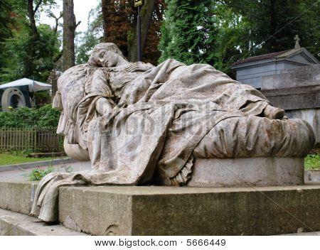 Reclining statue