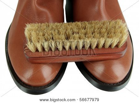 Polimento de sapato close-up
