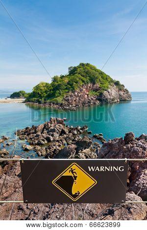 Warning Sign At Beauty Island