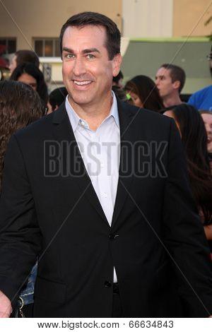 LOS ANGELES - JUN 10:  Rob Riggle at the