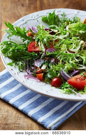 Endive Salad with Tomato, Olives and Feta