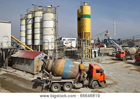 Mixed Concrete Batching Plant