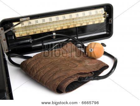Retro Sphygmomanometer