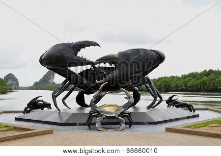 Crab sculpture at Krabi