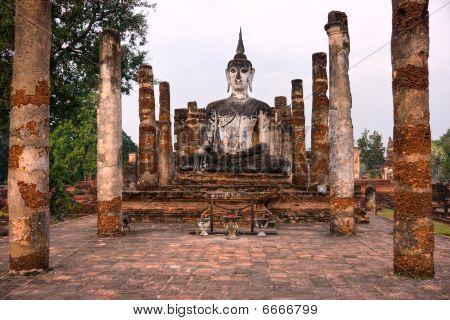 Wat Mahathat At Sunrise, Sukhothai, Thailand,