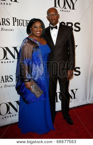 NEW YORK-JUNE 8: Actress LaTanya Richardson (L) and husband Samuel L. Jackson attend American Theatre Wing's 68th Annual Tony Awards at Radio City Music Hall on June 8, 2014 in New York City.