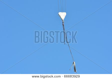 Large pulley lifting