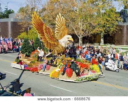 La ciudad de Glendale 2010 Rose Bowl Parade Float