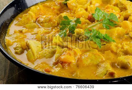 Chicken Curry On  Wooden Table