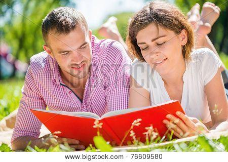 Date in park