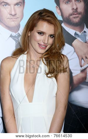 LOS ANGELES - NOV 20:  Bella Thorne at the