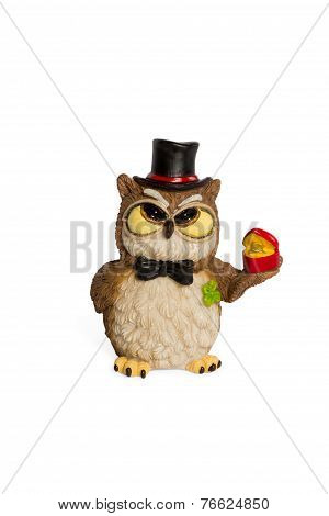 Figurine owl with ring a present