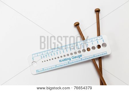 Knitting accessories, gauge ruler and knitting needles