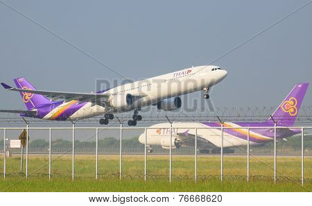 Bangkok Thailand November 22 : Thai Airways Plane Take Off From Suvarnabhumi Airport Runways