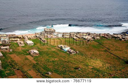 Oceanfront Homes And Farmland