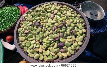 Fava broad beans