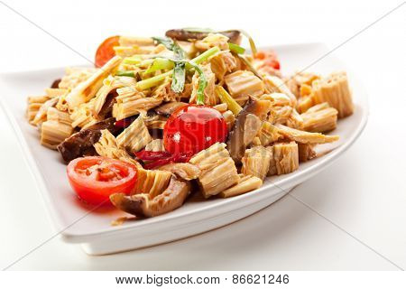 Chinese Tofu Skin with Mushrooms and Vegetables