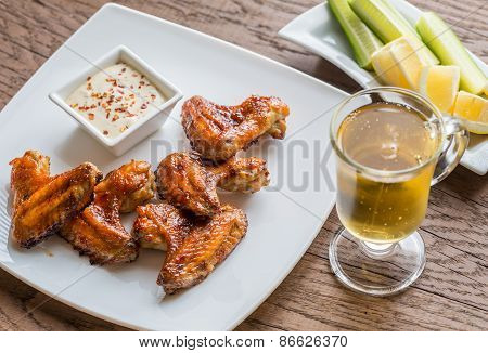 Caramelized Chicken Wings With Spicy Sauce