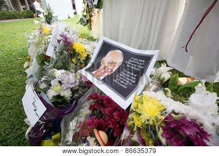 SINGAPORE - MARCH 23:FLowers laid by visitors paying last respect and writing tribute to the late ex prime minister of Singapore, Mr Lee Kuan who died due to ill health, Mar 23, 2015, Singapore