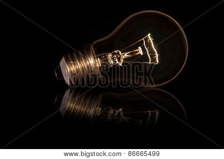 Light Bulb Without Wires