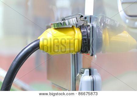High voltage Plugs
