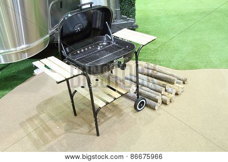 barbecue Stove and firewood
