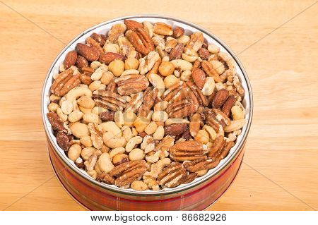 Deluxe Mixed Nuts In Red Tin