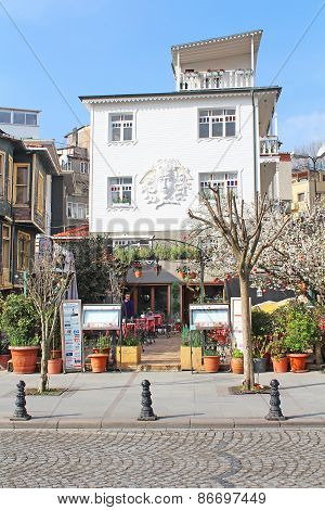 Cafe In Sultanahmet District In Istanbul, Turkey